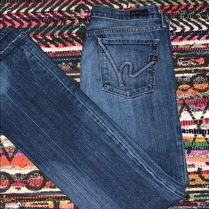 CITIZENS OF HUMMANITY  medium blue jeans 👖